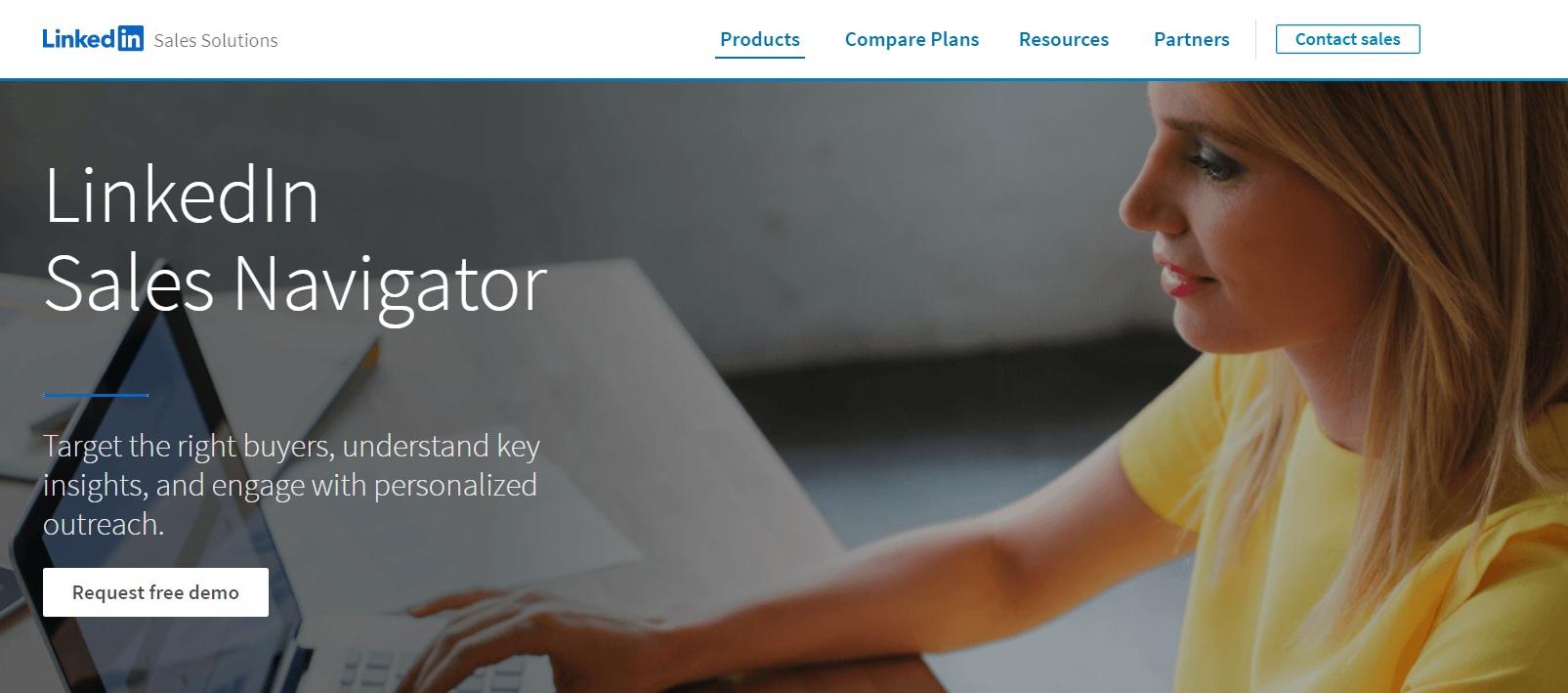 A screenshot of LinkedIn Sales Navigator's landing page.